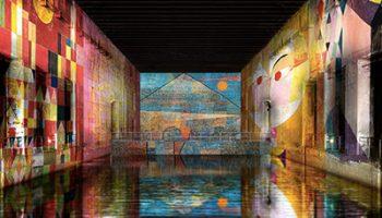 Exposition immersive de Klee aux bassins de Lumières