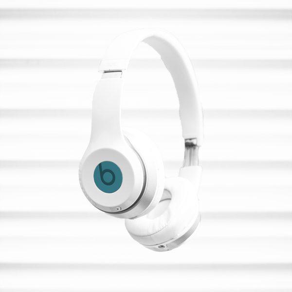 casque audio en élévation