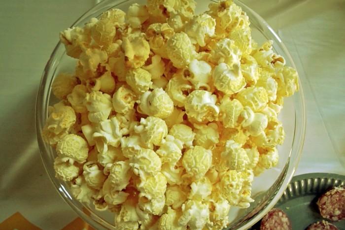 yellow vibes pop corn