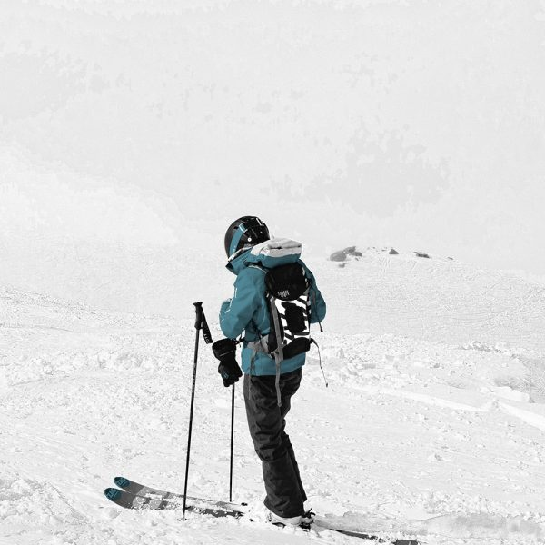 skieur à l'arrêt