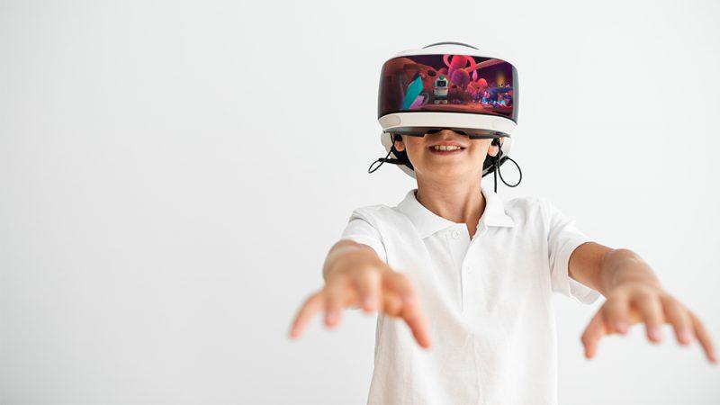 enfant réalisant l'expérience Let's Dream en Réalité virtuelle